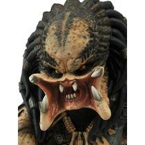 Predador Bust Bank (cofre) - Neca