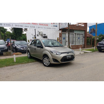 Ford Fiesta Max Ambiente Plus 2010 Full Color Champagne