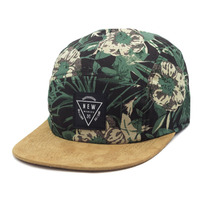 Boné New Skate Aba Reta Strapback Five Panel Estampado
