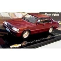 Kit 2 Miniaturas Opala Diplomata + Chevetee Collectors Chev