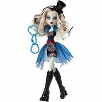 Boneca Monster High Freak Du Chic Frankie Stein - Mattel