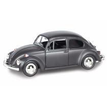 Auto Colección Escala 1:32 Volkswagen Beetle Negro Mate