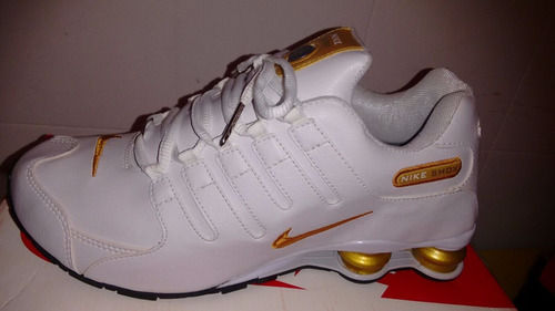 08eb58c50 ... usa tenis nike shox nz importado branco e dourado 12917 22543