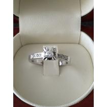Anillo Diamantes Montados En Oro Blanco 18 Kilates