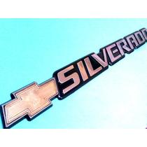 Emblema Chevrolet Silverado Lateral O Parte Trasera
