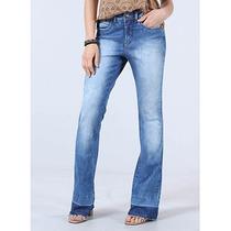 Calça Jeans Flare Feminina Denuncia