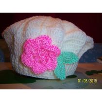 Boina P/ Bebes Tejida Al Crochet Con Aplique De Flor Y Hojas