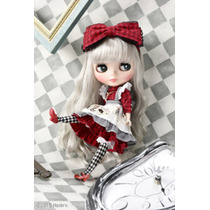 Neo Blythe Cwc Exclusive Dark Rabbit Hole 2015 Tomy Takara