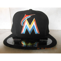 Gorra Miami Marlins 7 1/8 New Era Authentic Collection Home
