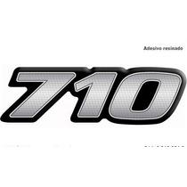 Emblema Resinado Mercedes Benz 710 Novo (reticulado)