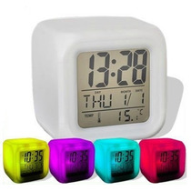 Reloj Cubo Despertador Luminoso 7 Colores Alarma Temperatura