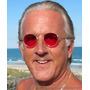 Óculos Com Lentes Vermelhas Ou Coloridas