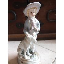 Bonita Figura De Niño Con Perro Fabricada En Porcelana