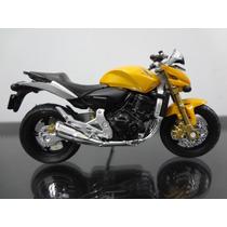 Miniatura Da Moto Honda Hornet 600 Escala 1:18