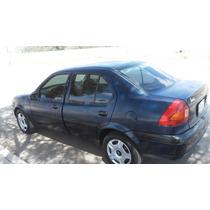 Ford Ikon Fiesta 2002