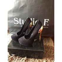 Zapatos De Tacón Negros Studio F