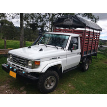 Toyota Land Cruiser 4.5 Estacas