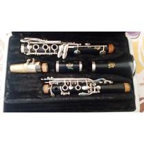 Clarinete Sib Americana Marca Vito Revisada E Com Estojo