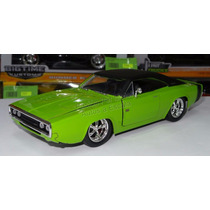 1:24 Dodge Charger R/t 1970 Verde Jada Display