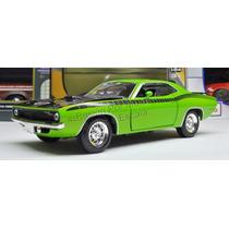 1:24 Plymouth Barracuda 1970 Verde New Ray C Caja