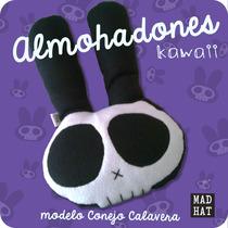 Peluche Conejo Calavera / Kawaii / Almohadon