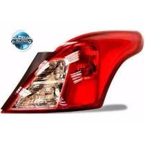 Par Lanterna Traseira Nissan Versa 2011 2012 2013 2014