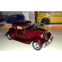 1:24 Ford Coupe 1934 Vino Motor Max Display