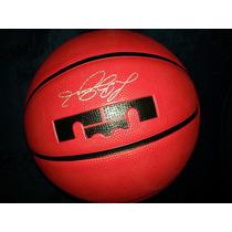 Balon Nike Lebron James Red Velvet 2013