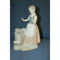 Figura Porcelana Lladro Original Mujer Con Cántaro.