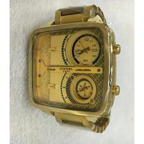 Relógio Diesel 5bar Quadrado Dourado