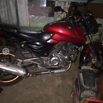 Moto Bajaj Pulsar 220