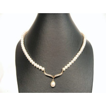 Collar De Perlas Cultivadas Con Dije Y Broche De Oro 14k