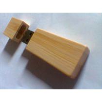 Pen Drive De 8 Gb Corpo Bambu Com Tampa Brindes