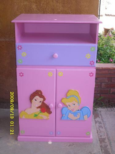 Mueble infantil para dvd y tele toy story lagunilla for Pegatinas infantiles para muebles