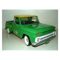 1965 Chevrolet C10 Stepside Pick Up Quaker State 1/18