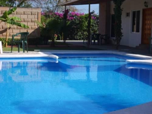 Casas en renta vacacional en arco real 5 bugambilias for Albercas economicas