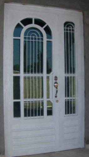 Puerta arclasic de herreria rustica fina metro cuadrado for Puertas de madera exterior minimalistas