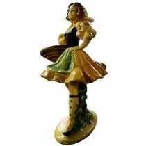 Figura De Dama Con Canasto De Fruta