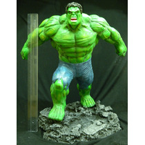 Escultura Hulk Resina