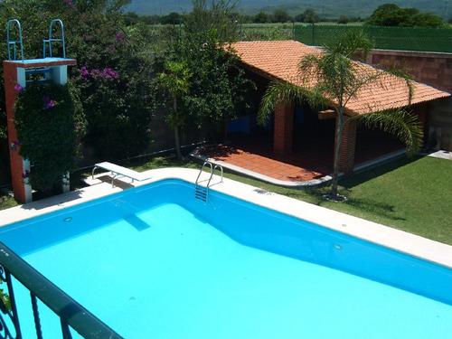Casas en renta en ficus 9 oaxtepec centro yautepec for Casa con piscina para alquilar