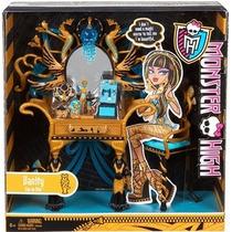 Monster High Cleo De Niles Vanity
