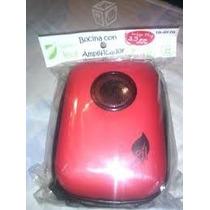 Bocina Con Amplificador Tipo Estuche Color Roja 18-9170