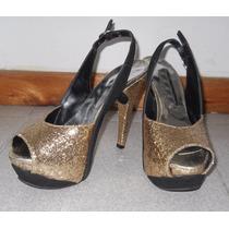 Sandalia Stiletto Combinada Con Plataforma Y Glitter Dorado