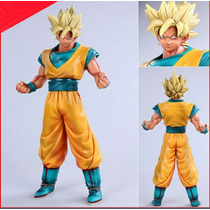 Figura Goku Gigante 28 Cm Supersayayin