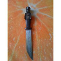 Cuchillo Antiguo Tallado En Cuerno