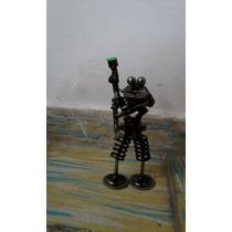 Artesania Echa De Metal Figura De Rana