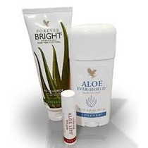 Kit - 01 Lips, 01 Desodorante, 01 Gel Dental, Forever Living