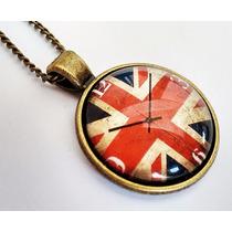 Colar Ilustração Relógio Bandeira Inglaterra - Não É Relógio