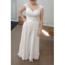 Vestido De Noiva Com Rendas Rebordadas E Saia Fluida - Lindo