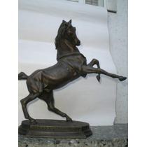 Escultura ,figura De Caballo ,firmada ,origen Francia